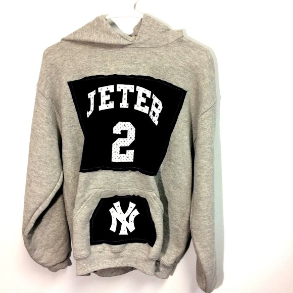 new concept 5cde1 0fddb Derek Jeter NY Yankees Youth Hoodie XL 18-20